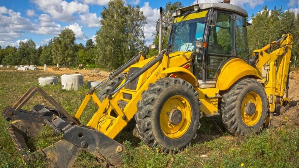 Agriculture, construction and earth-moving machinery and equipment